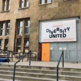 ベルリン・テンペルホーフ空港跡で開催された現代アート展〜DIVERSITY UNITED〜